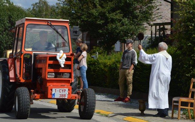 zondag-tractorwijding